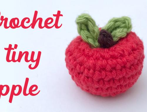 Tiny Amigurumi Apple | Free Crochet Pattern and Video Tutorial | Learn to crochet Amigurumi | stellasyarnuniverse.com