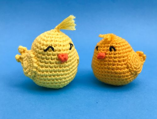 Amigurumi Chick - Free Crochet Pattern | Beginner friendly Amigurumi Pattern | stellasyarnuniverse.com #freeamigurumipatterns