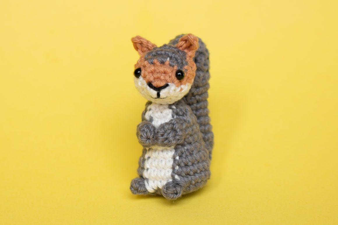 Squirrel Free Crochet Pattern | Free Animal Amigurumi Patterns | stellasyarnuniverse.com